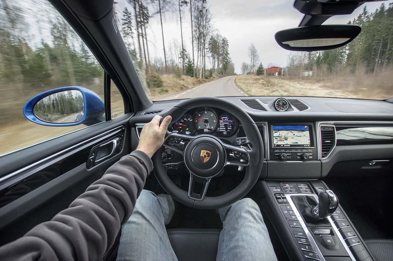 wmmSN Porsche Macan 13 150106