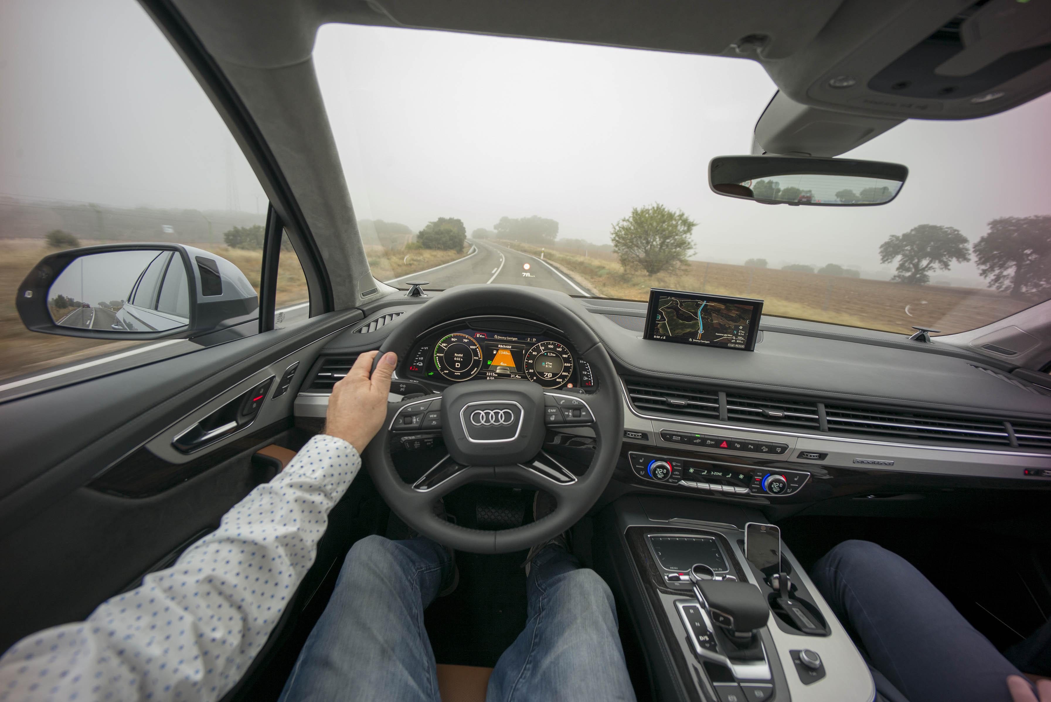smSN Audi Q7 e-tron 1