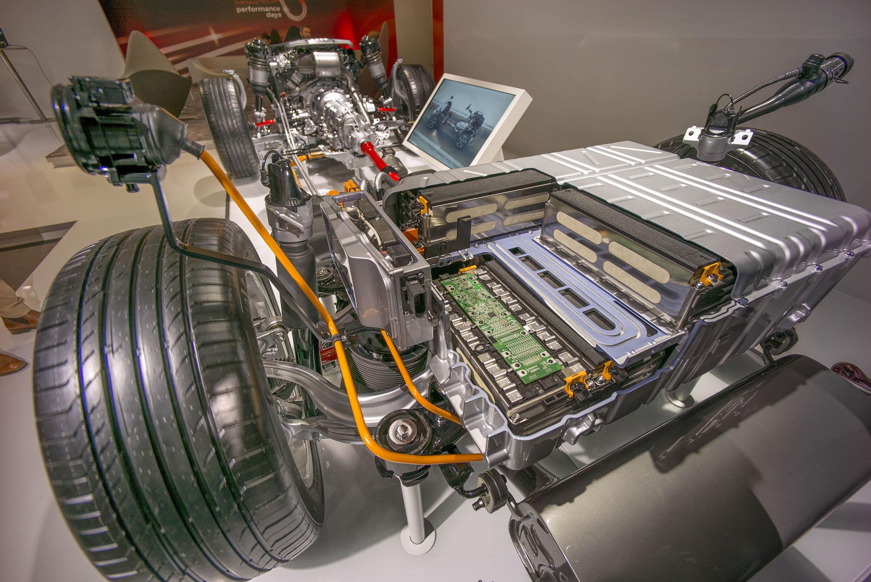 smSN Audi Q7 e-tron 7