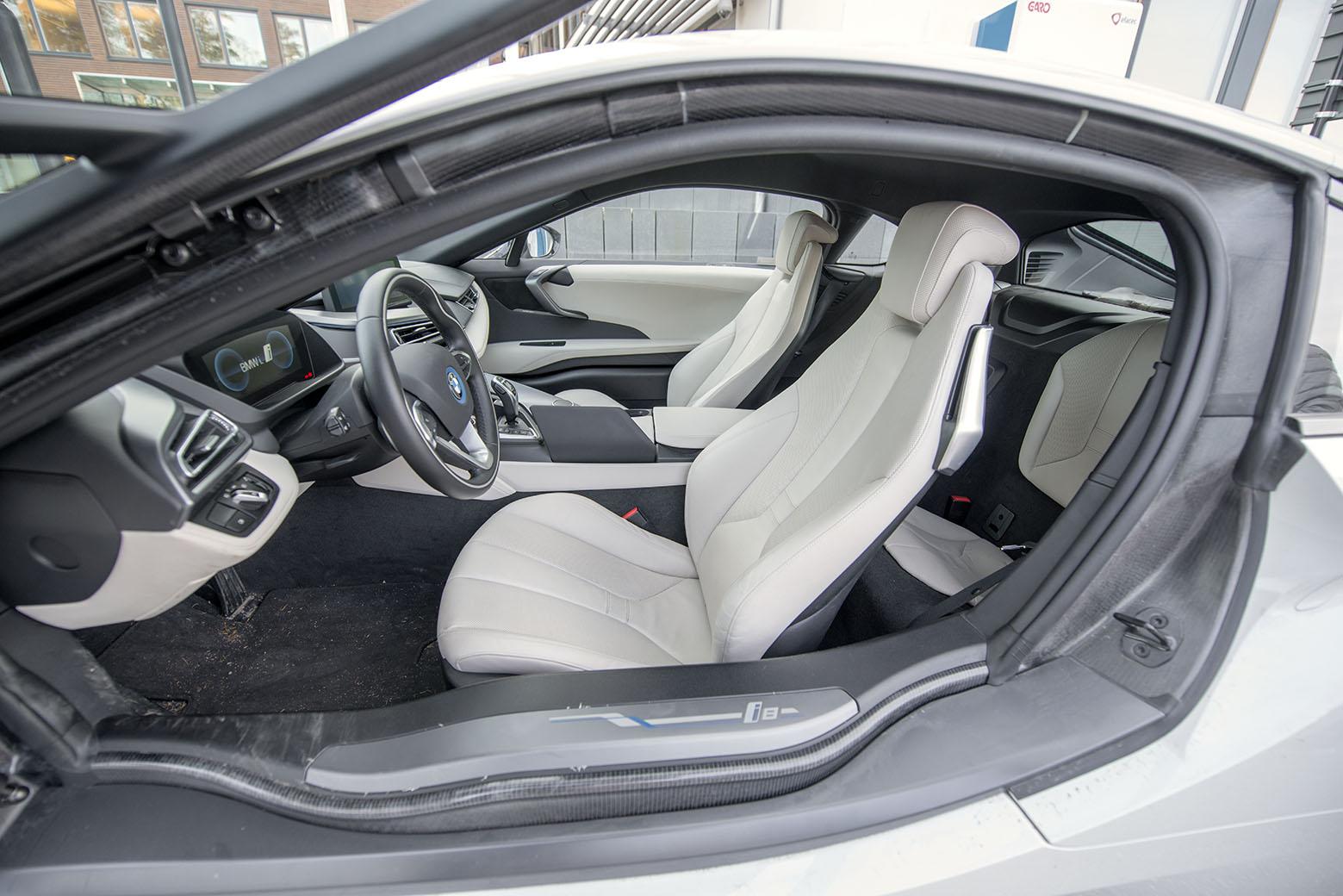 smSN BMW i8 11 170314
