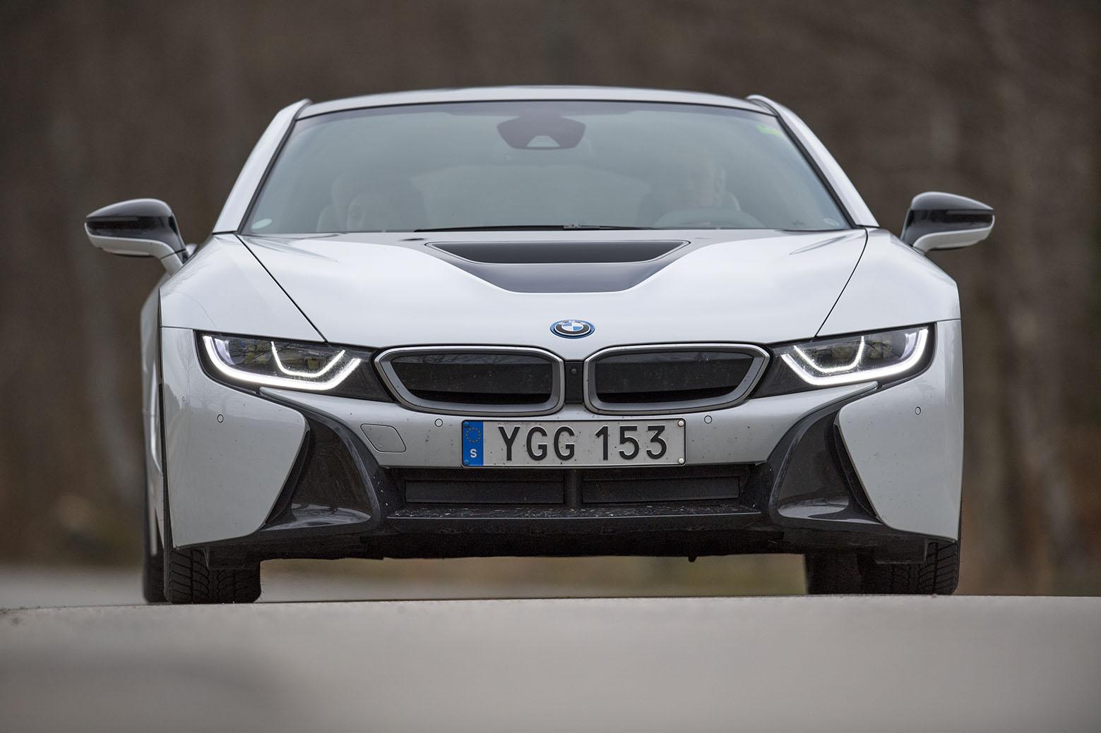smSN BMW i8 8 170314