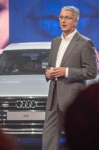 Audis styrelseordförande Rupert Stadler är övertygad om att framtidens bil är självkörande men att föraren  ska ha möjligheten att köra när hen vill det. Framtidens Audi ska vara rolig att köra också, säger han.